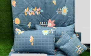 MORADO Blue Small Flowers Glace Cotton Double Bed Bedsheet with 2 Quilted Pillow Covers and 2 Quilted Filled Cushions