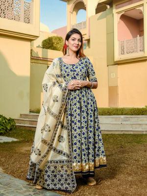 Aayusika Turquish Kalamkari Kurta With Pant & Dupatta